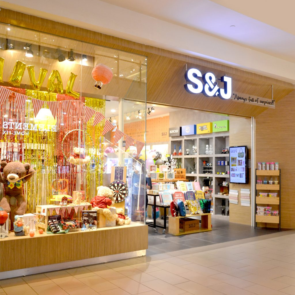 S J Gifts And Collection Setia City Mall
